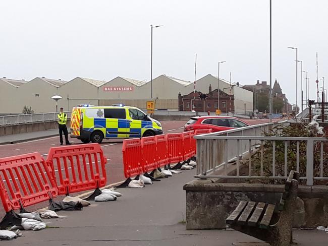 Police lift cordon after bomb scare