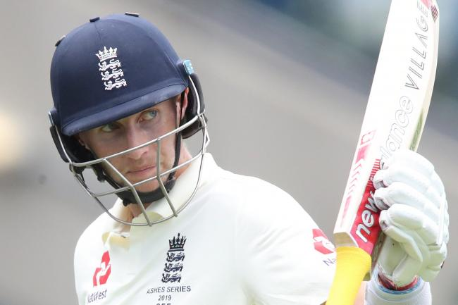 Joe Root hit an unbeaten 137 as England reached tea at 252 for six in the second Test against Sri Lanka