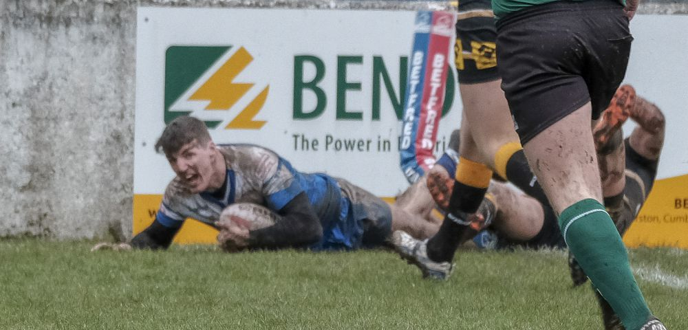 Over the line: Shane Toal scores Barrow's second try against Swinton Lions MILTON HAWORTH.