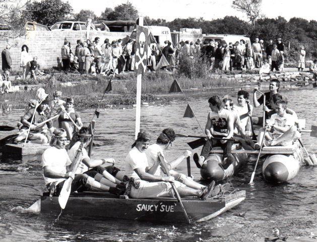 Nostalgia Oarsmen Make A Splash In The Ulverston Charter Day Raft Race