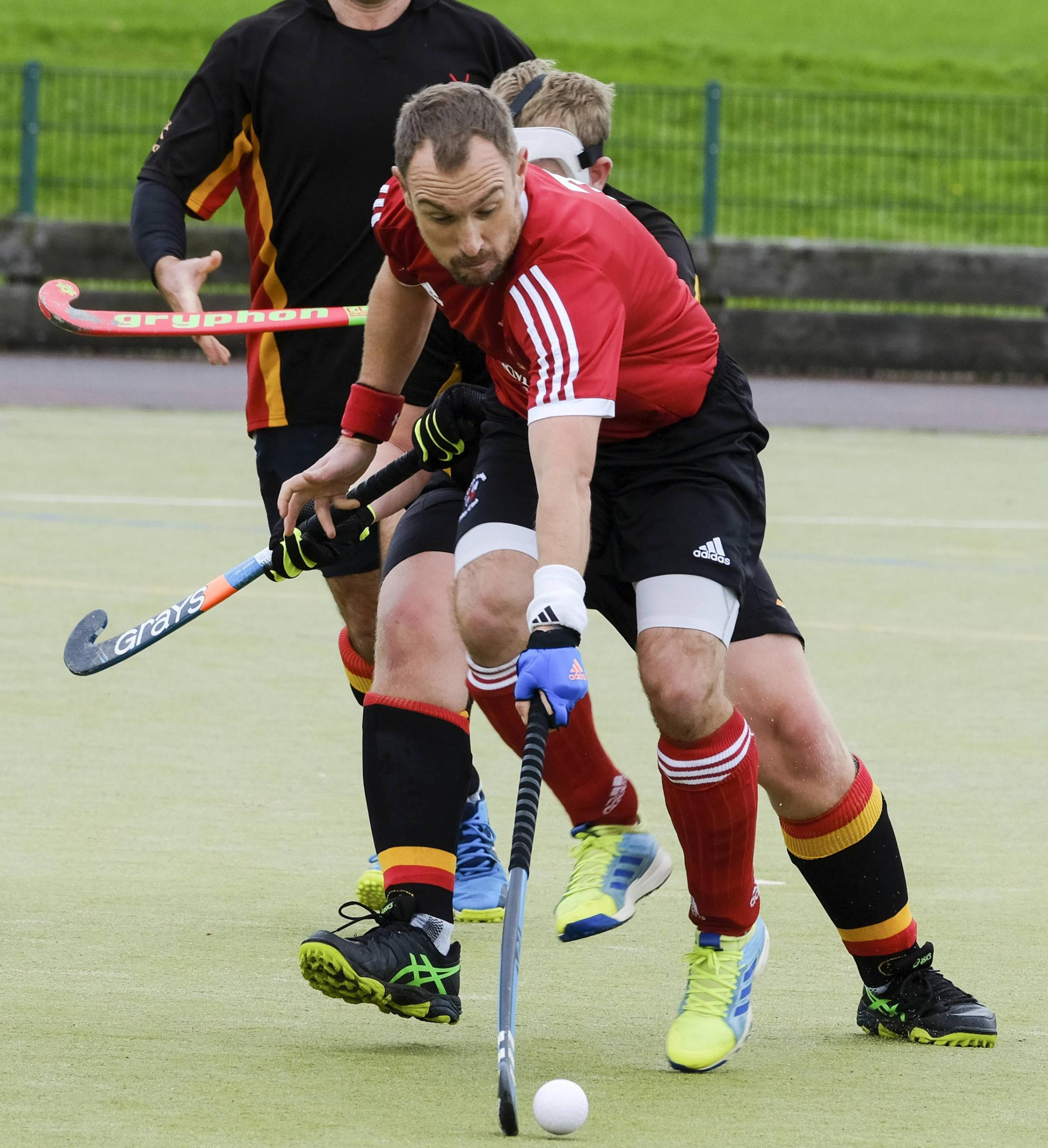 SPORT. South Lakes Hockey Mens 1st team. Ghosting through the Kirkby defence is S. Olliver. 14th October 2017. PICTURES; MILTON HAWORTH.